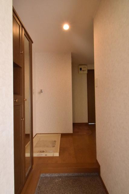 レグラス98 / 305号室玄関