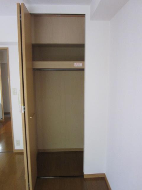 BRILLIANT36 / 401号室収納