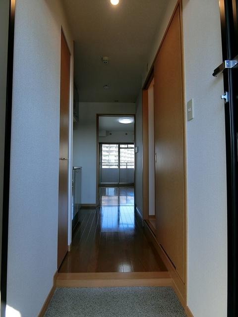 BRILLIANT36 / 403号室玄関