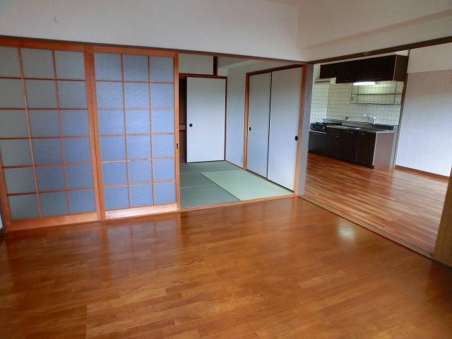 井尻第3ビル / 203号室洋室