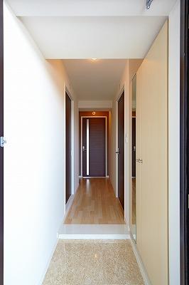 イーストパル博多Ⅱ / 402号室玄関