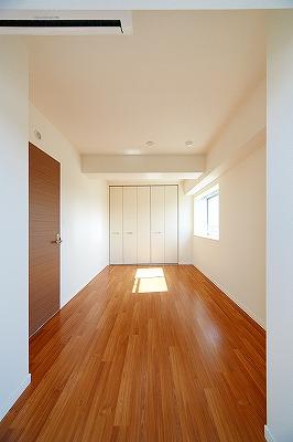 イーストパル博多Ⅱ / 801号室洋室