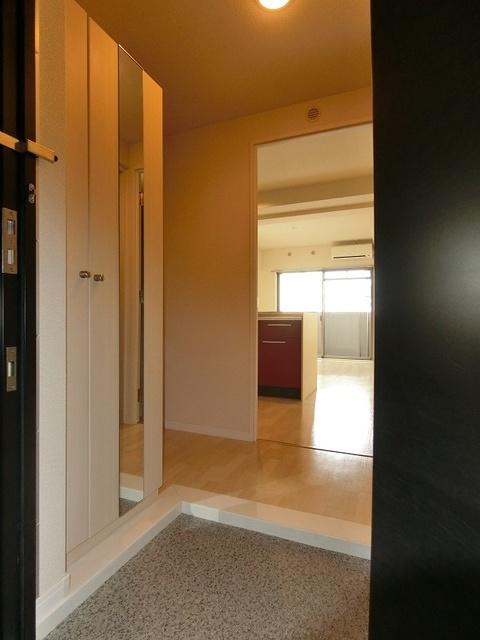 グランドゥール清水 / 402号室玄関