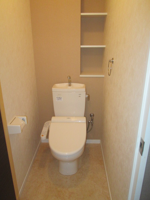 ソルモンテはかた / 603号室トイレ