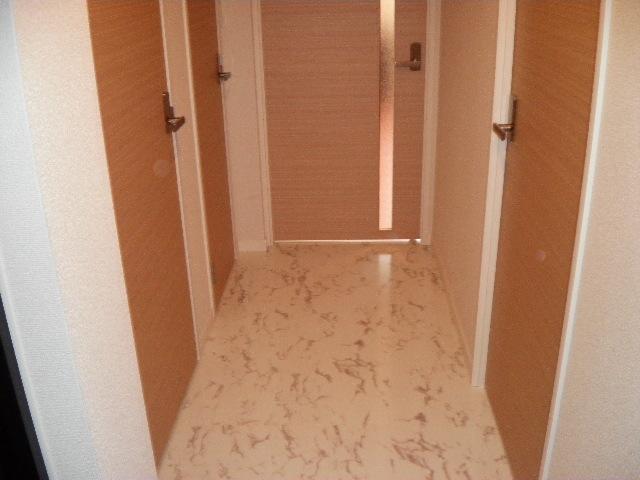 フローレス竹下Ⅲ / 202号室玄関