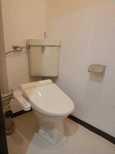 船越(義)ビル / 403号室トイレ