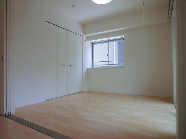 colette / 201号室洋室