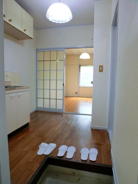 サンライズコーポ / 210号室玄関