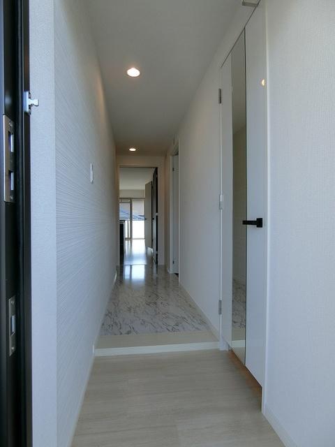 ブリエ ドミール / 401号室玄関