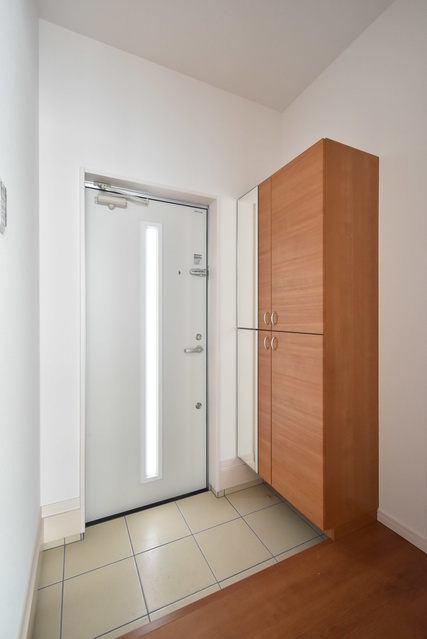 メゾングレイス / 103号室玄関