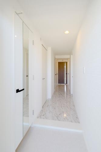 ココテラスL / 306号室玄関