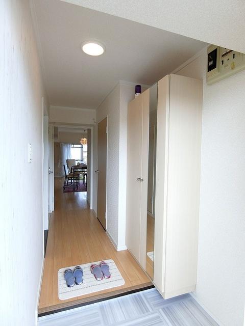 エクセレント36 / 303号室玄関
