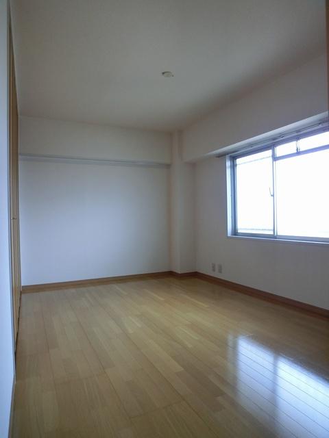 エクセレント36 / 502号室洋室