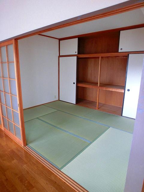 井尻第3ビル / 203号室和室