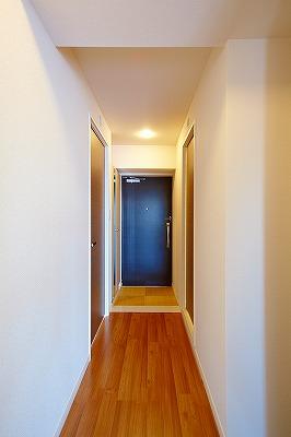 イーストパル博多Ⅱ / 301号室玄関