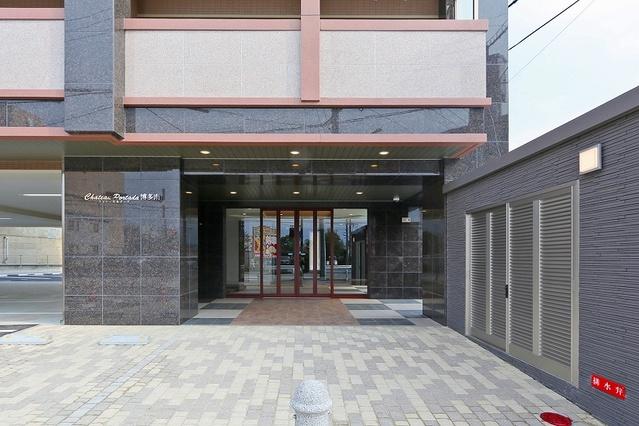 シャトーポルターダ博多南 / 301号室玄関