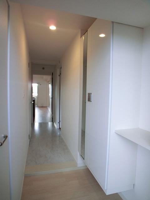 シャトーポルターダ博多南 / 303号室玄関