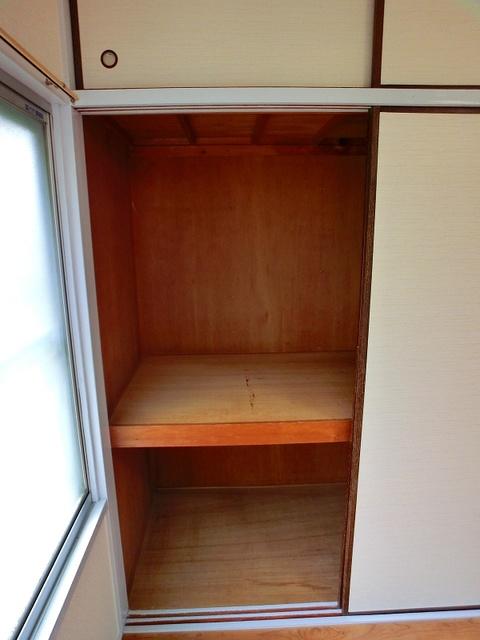 サンライズコーポ / 210号室収納