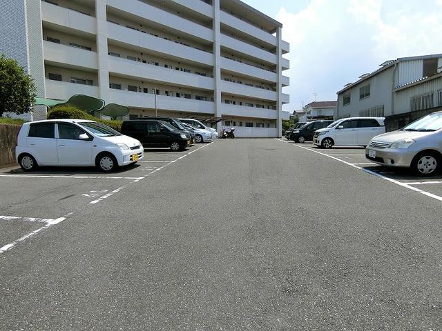 紙屋ビル / 505号室駐車場