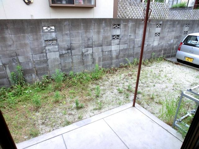 渡辺貸家 / 6号号室バルコニー