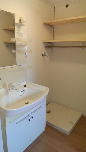 メゾーンハウス83 / 202号室洗面所