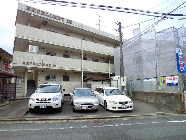 エクセレント12 / 201号室駐車場