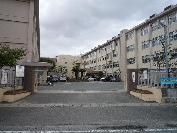 三筑中学校