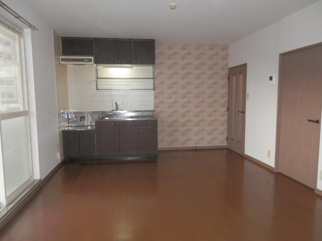 メロディハイツ堺 / 202号室リビング