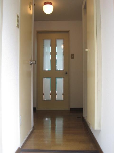 綾の家 / N-110号室玄関