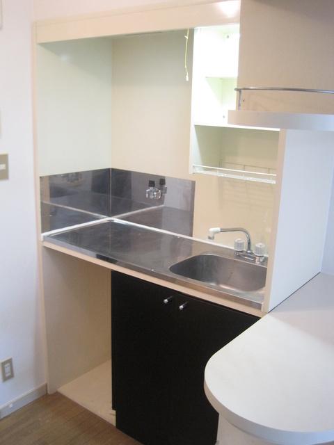 エトワール綾 / 110号室キッチン