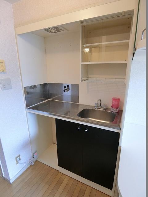 エトワール綾 / 210号室キッチン