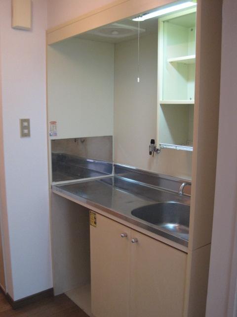 綾の家 / N-110号室キッチン