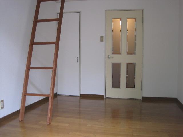 綾の家 / S-103号室リビング
