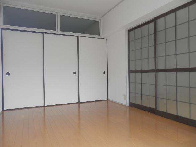 エクセレント塩浜 / 303号室洋室
