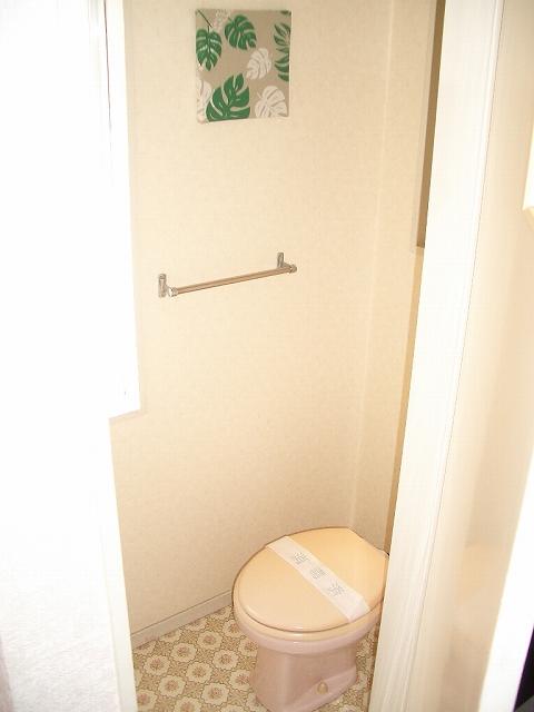 エトワール綾 / 109号室トイレ