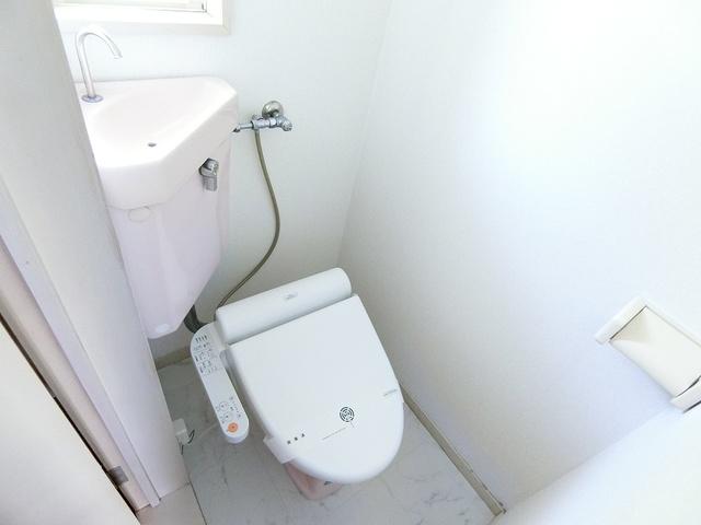 綾の家 / S-108号室トイレ