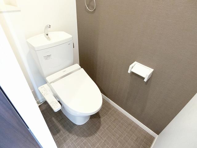 ノアール香椎 / 202号室トイレ