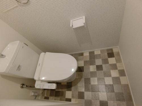 黒木ビル / 601号室トイレ