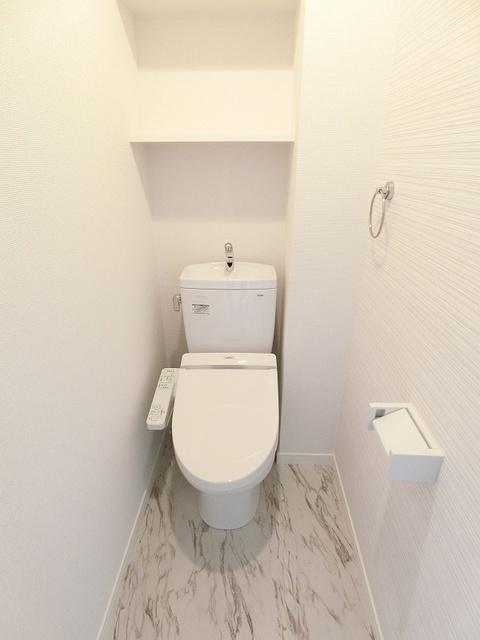 プレアタウン河東 / B-302号室トイレ