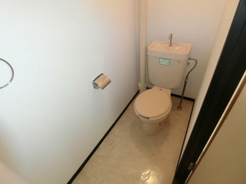 和白宮前ビル / 402号室トイレ