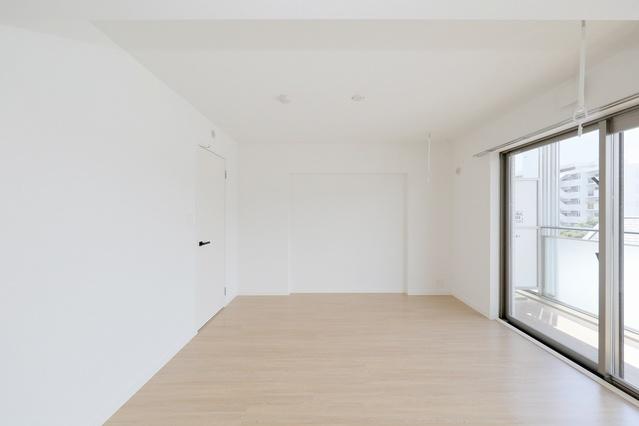 レア・エクロール / 402号室その他部屋・スペース