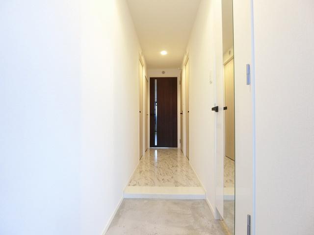 プレアタウン河東 / B-303号室玄関