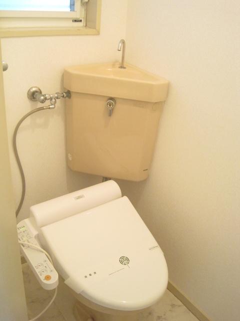 エトワール綾 / 111号室トイレ