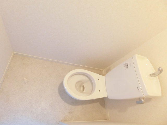 Eterno すずか / 203号室トイレ