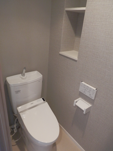 オータムレーベンⅡ(ペット共生) / 406号室トイレ