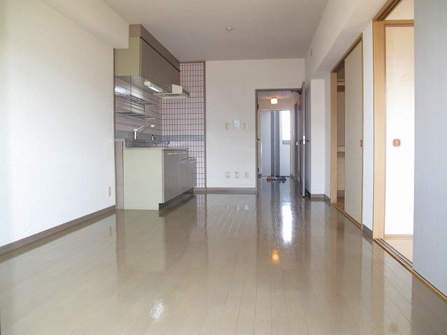 エントピア那珂川2 / 402号室リビング