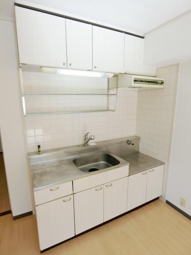 レークサイドパーク / 403号室キッチン