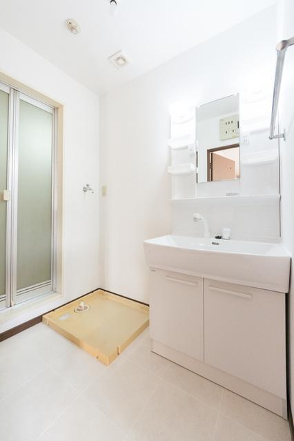 メロディハイツ八尋 / 202号室洗面所