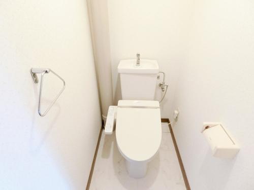 シャトレ博多南 / 305号室トイレ