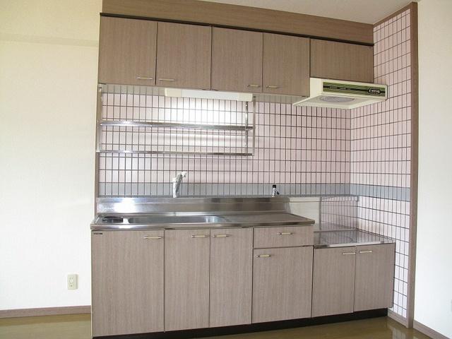 エントピア那珂川2 / 402号室キッチン